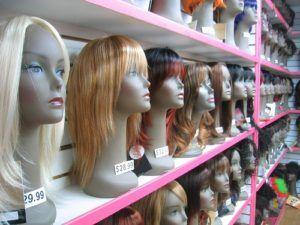 Tilskud til paryk for kvinder, der taber håret i forbindelse med deres behandling for brystkræft