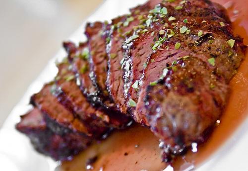 Livskvalitet: Tager du nogensinde det største stykke kød på fadet?
