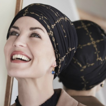 Karma turban med headband i Windows mønster