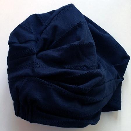 Clara huen med unikt mønster