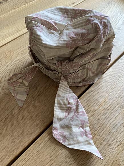 Siri tørklæde med bindebånd
