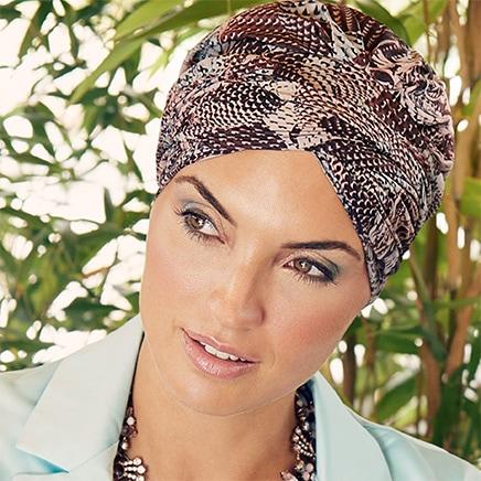 Scarlet turban hue fra Christine Headwear